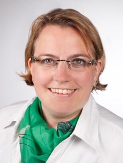 Frau Ivonne Becker